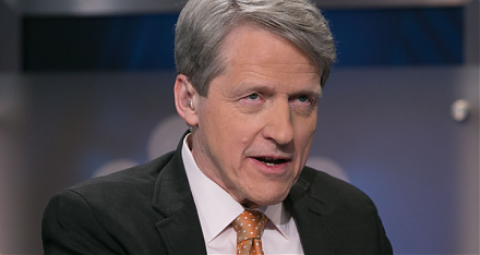Nobel Laureate Robert Shiller's long-term stock market indicator points to a recent peak.
