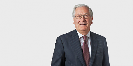 Former Bank of England Governor Mervyn King provides his deep substantive analysis of the Global Financial Crisis of 2008-2009.
