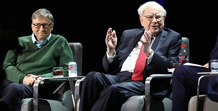 Warren Buffett points out that many people misunderstand his stock investment method in several ways.