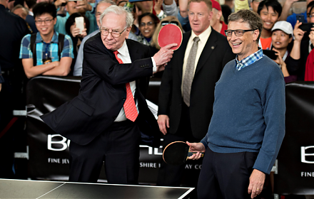 Bill Gates and Warren Buffett shared their best business decisions in a 1998 panel discussion.